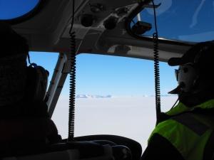 In elicottero verso Allan Hills